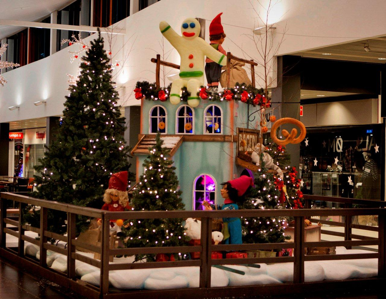 shopping-centre-display-1