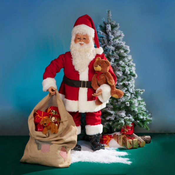 Santa Claus with sack with synchronised mouth movements.