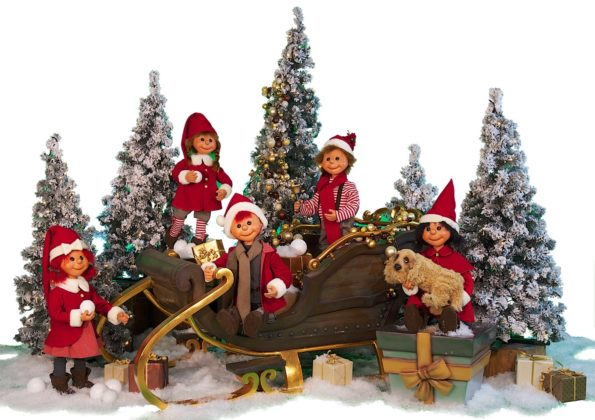 Puppet Santas with Sleigh.